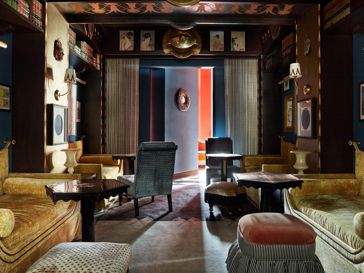Salon at Maison de la Luz