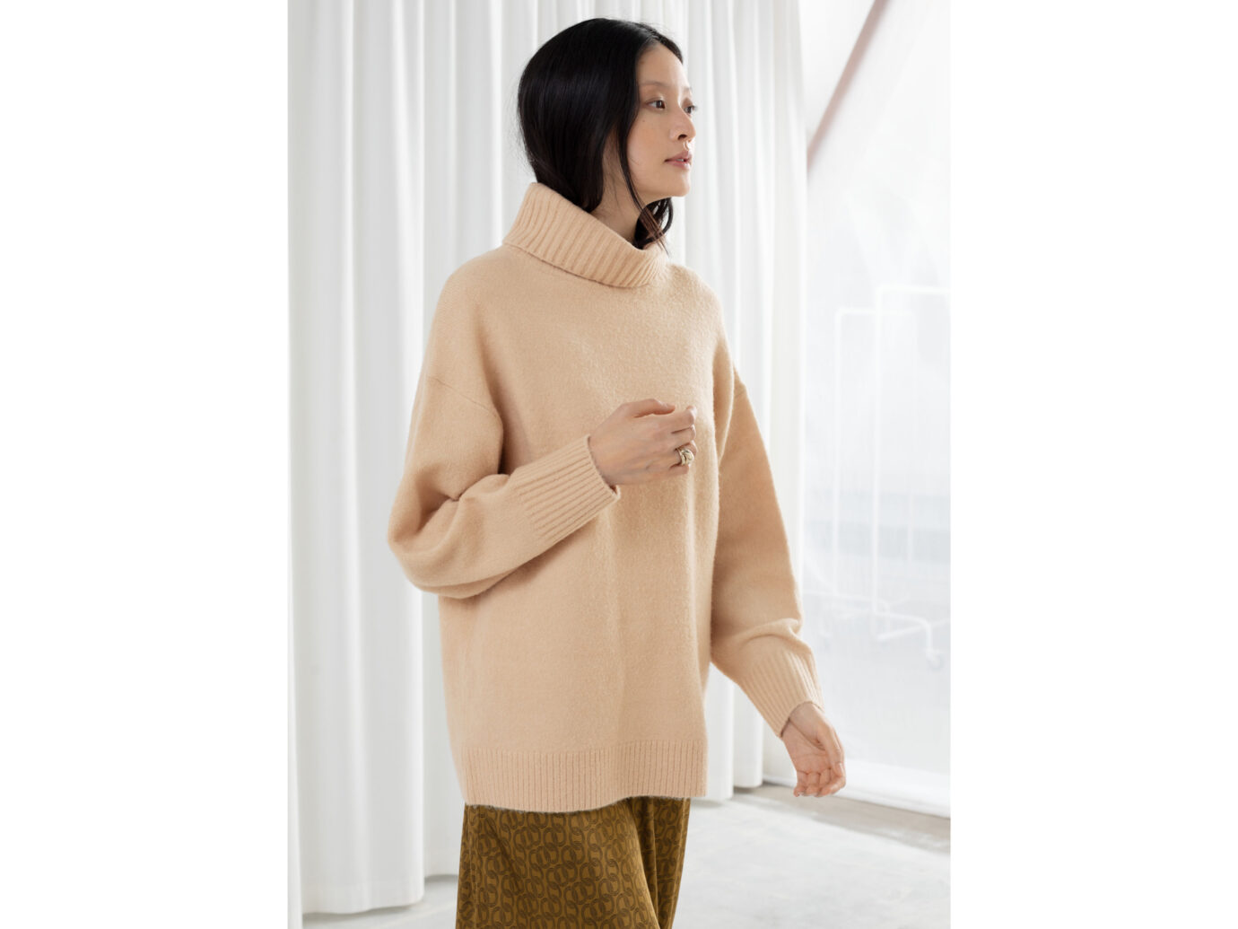 & Other Stories Slouchy Oversized Turtleneck Sweater