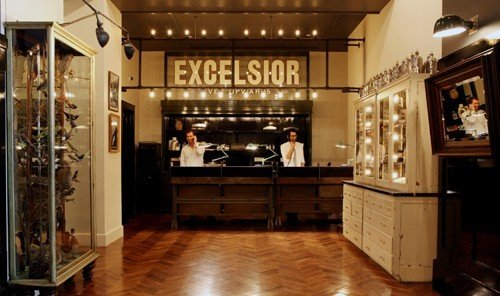 Jetsetter Guides floor indoor Living room property Boutique ceiling cabinetry interior design estate wood furniture