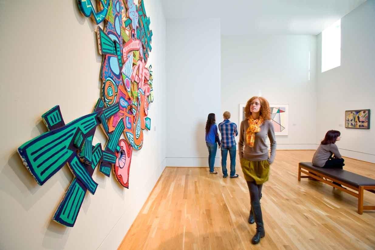 Budget wall indoor floor gallery room art scene Design modern art tourist attraction