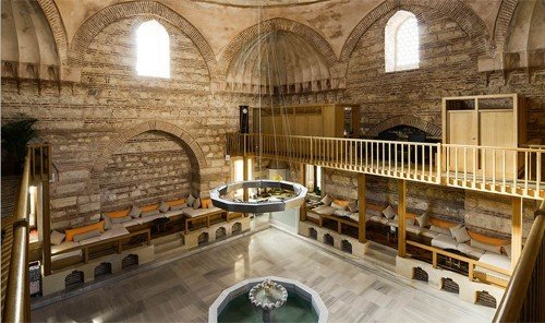 Jetsetter Guides indoor property building estate mansion interior design chapel palace synagogue place of worship Villa stone