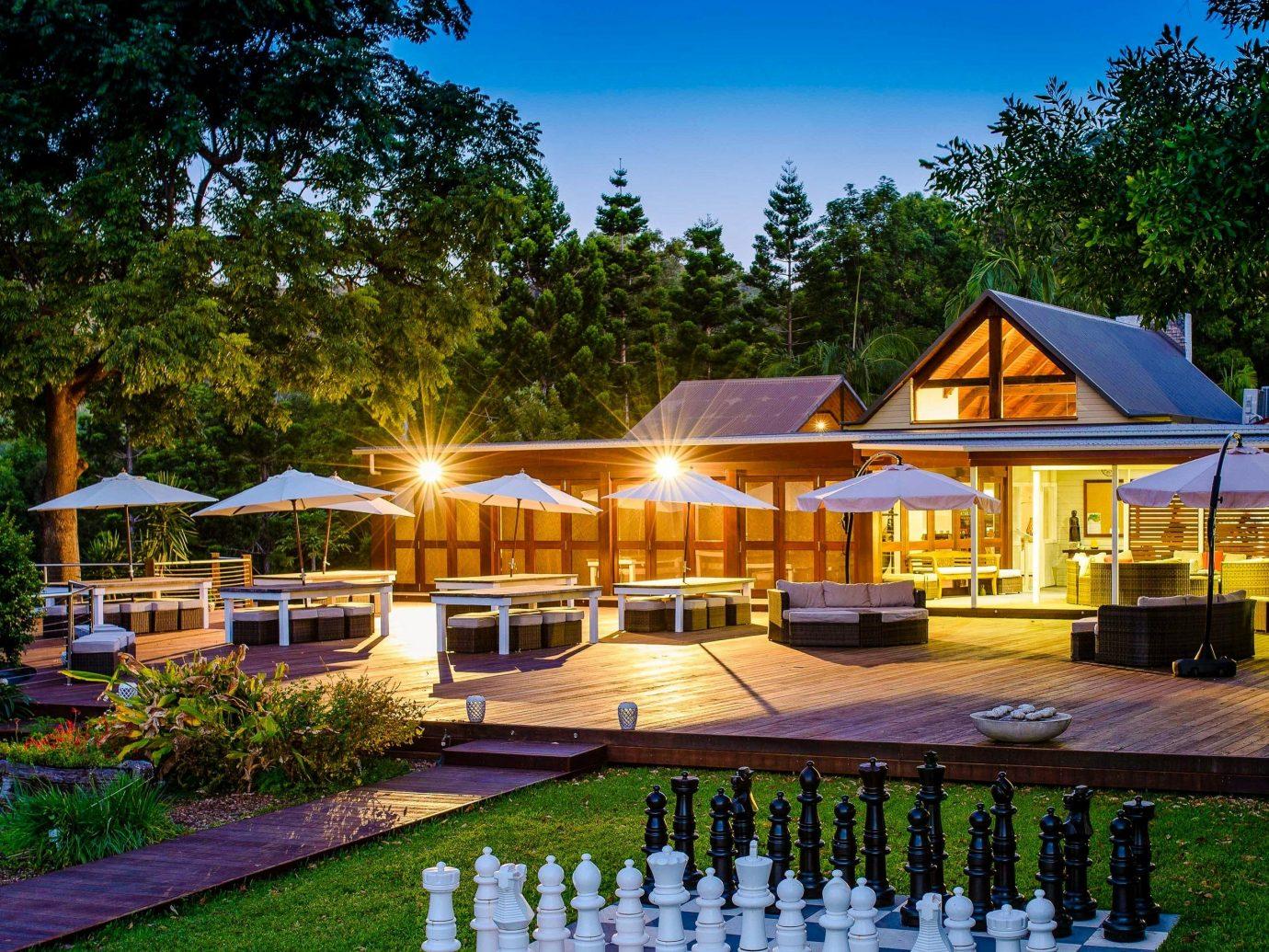 Celebs Hotels property home Resort estate real estate house cottage leisure Villa mansion landscape outdoor structure hacienda backyard landscaping plant facade
