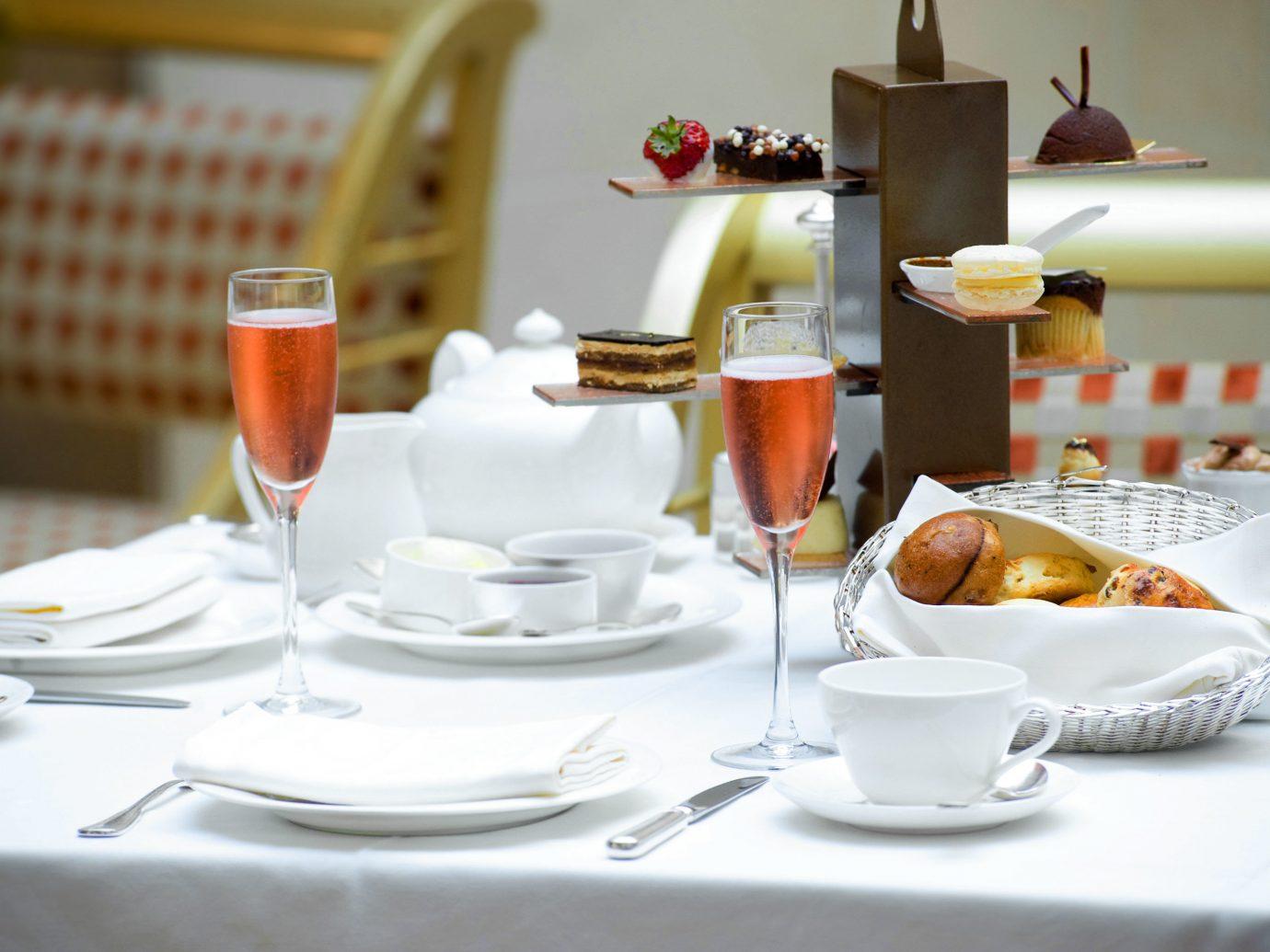 Bar Dining Drink Eat Elegant Food + Drink Modern table plate food indoor meal brunch restaurant breakfast dinner set dining table