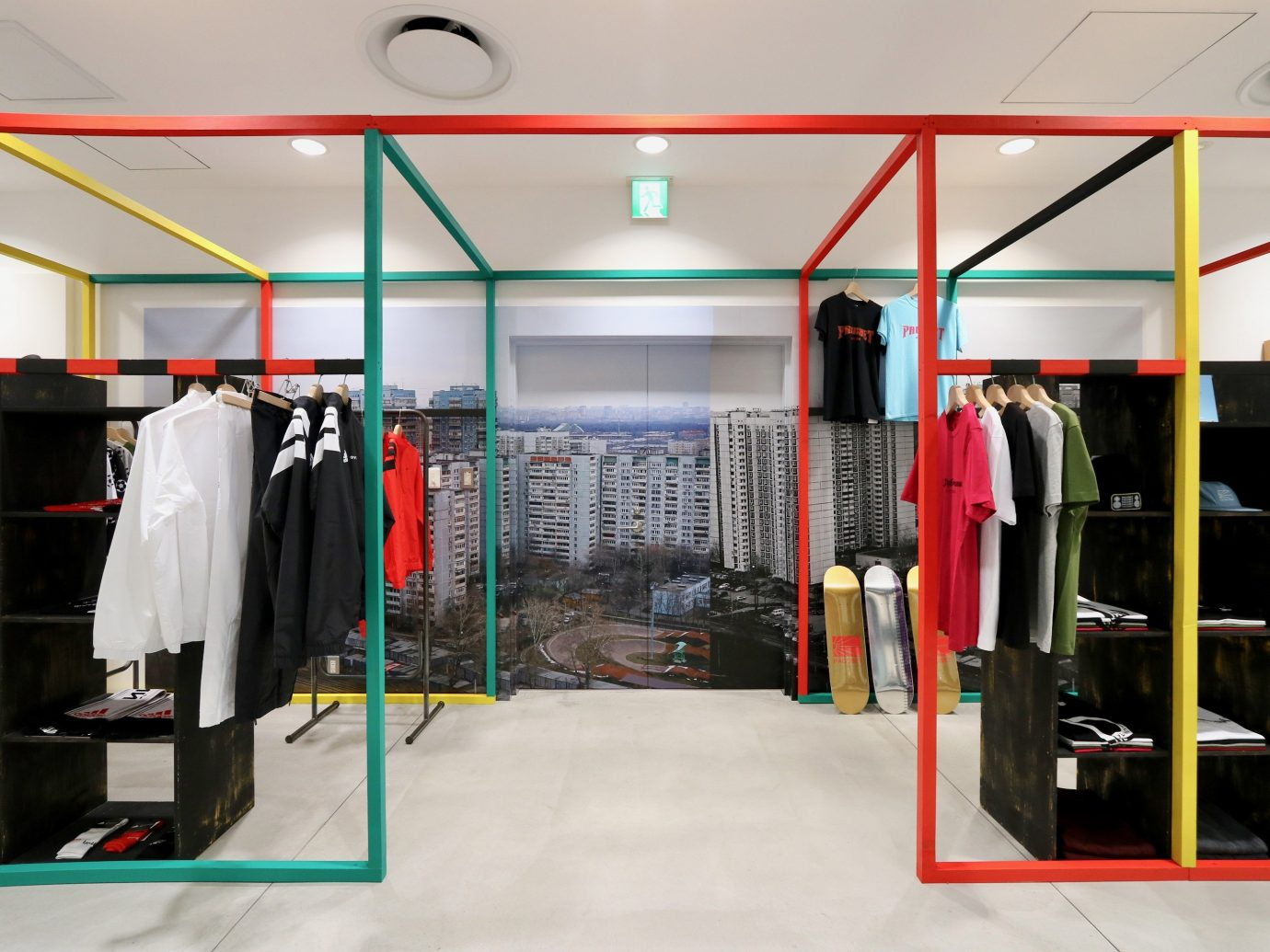 shopping Style + Design Travel Trends Trip Ideas indoor room ceiling structure sport venue gym Boutique retail closet interior design physical fitness Bedroom