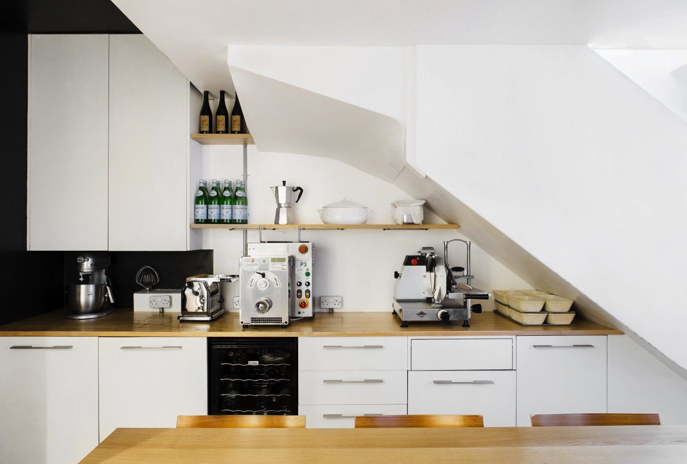 Offbeat Trip Ideas indoor wall Kitchen countertop ceiling interior design cuisine classique product design furniture interior designer angle appliance loft cabinetry shelf counter product wood kitchen appliance