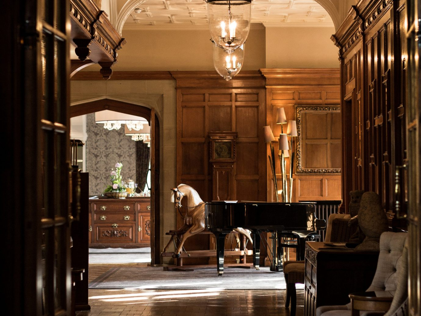 Hotels indoor floor building Lobby Architecture estate interior design lighting hall arch palace tourist attraction colonnade