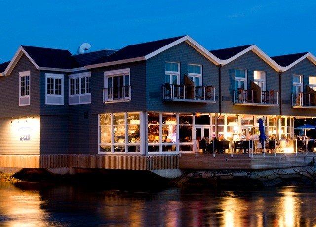 Weekend Getaways sky outdoor water house property home estate Resort facade residential area waterway