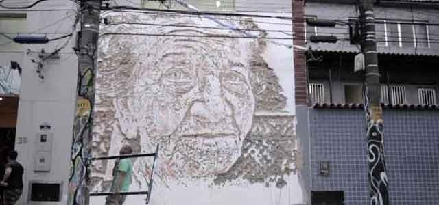 Arts + Culture art stone