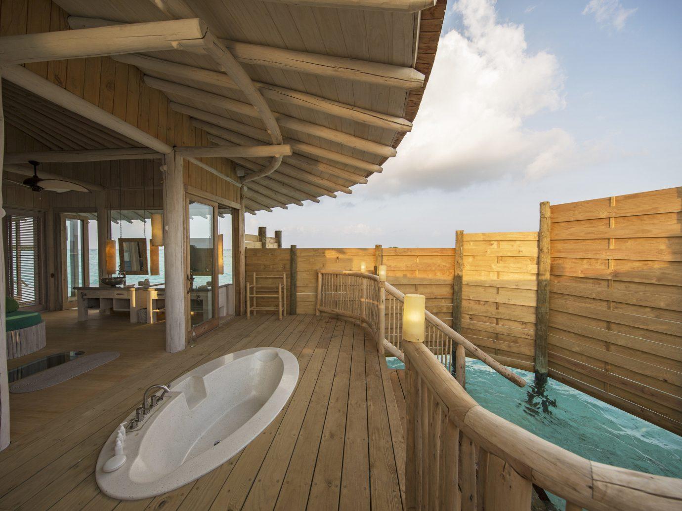 Pool and hot tub at Soneva Jani