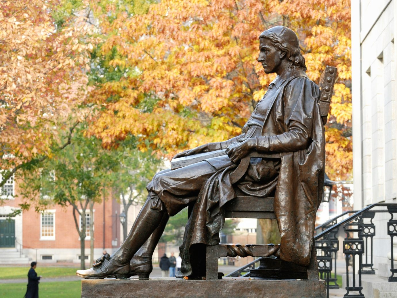Budget person outdoor statue monument sculpture art memorial