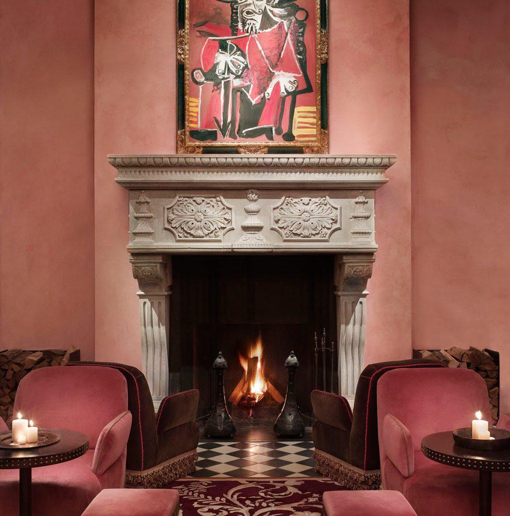 City Fireplace Hotels Luxury Romance wall indoor Living room floor lighting interior design restaurant furniture living room old lamp