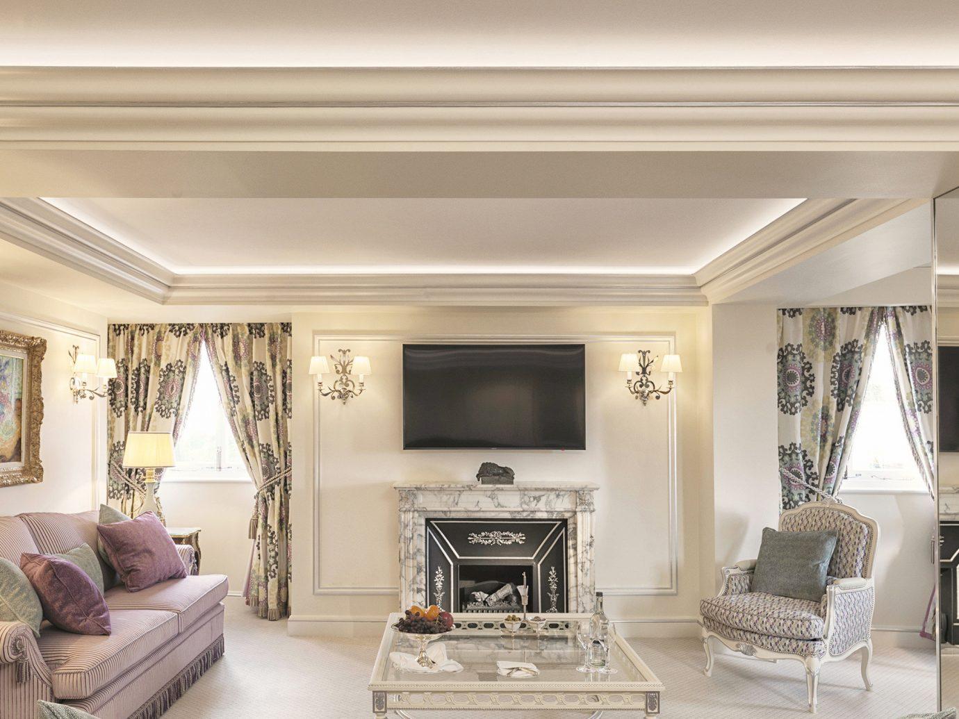 Hotels London Luxury Travel indoor sofa room wall Living ceiling living room bed interior design furniture home floor molding interior designer flooring window estate decorated Bedroom area