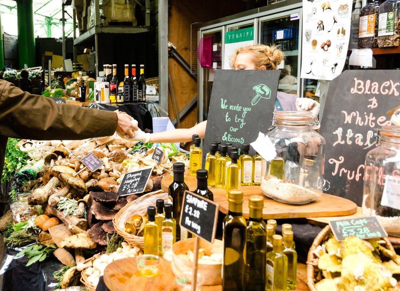 Budget food public space meal City marketplace human settlement brunch floristry market sense