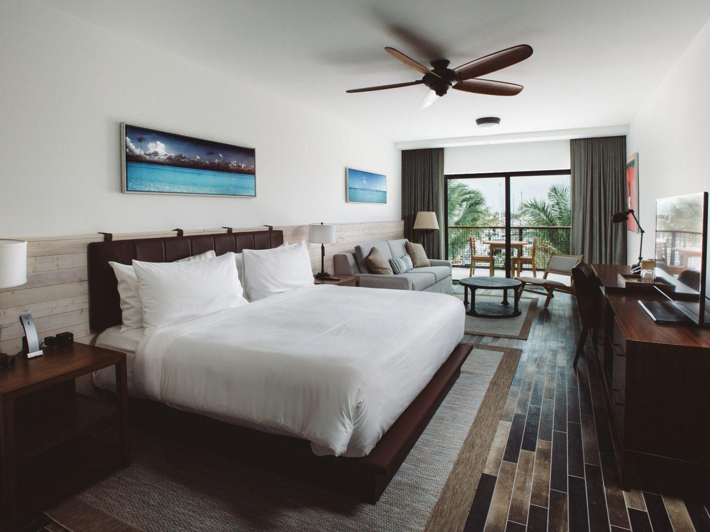 Florida Hotels indoor bed wall floor room Bedroom hotel ceiling real estate interior design Suite estate home bed frame