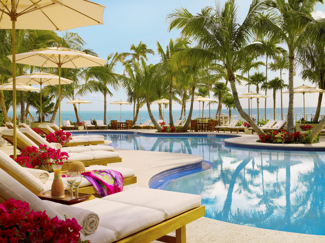 Hotels Romance tree table outdoor Resort property swimming pool leisure vacation caribbean estate flower decorated Villa eco hotel colorful plant palm furniture Garden set