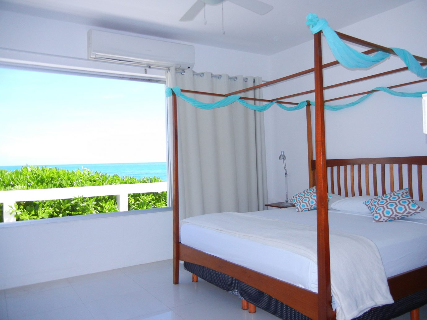 Budget bed indoor Bedroom room property ceiling furniture interior design real estate cottage apartment