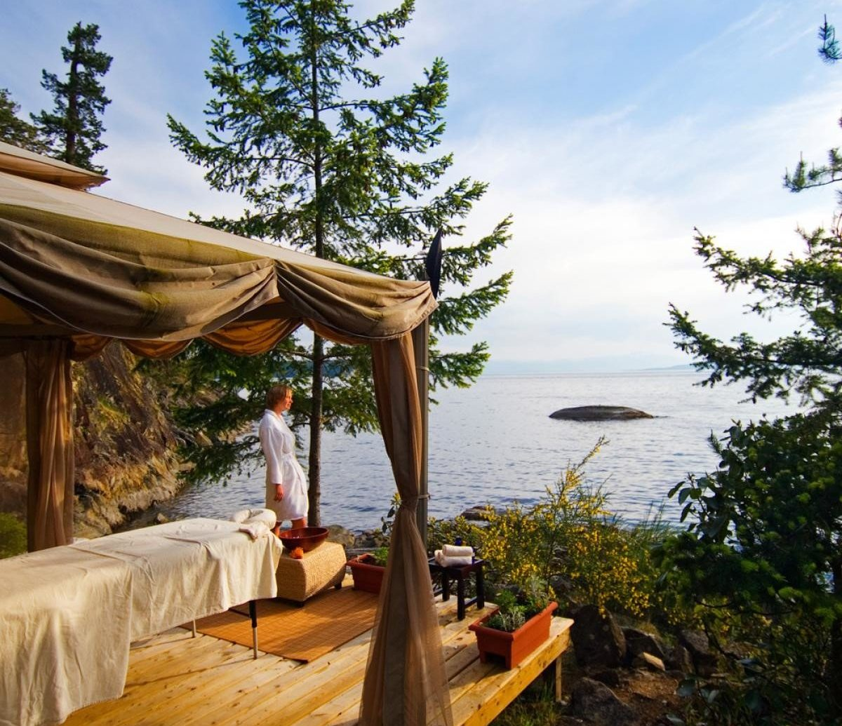 Glamping Outdoors + Adventure Trip Ideas tree outdoor sky vacation estate Resort