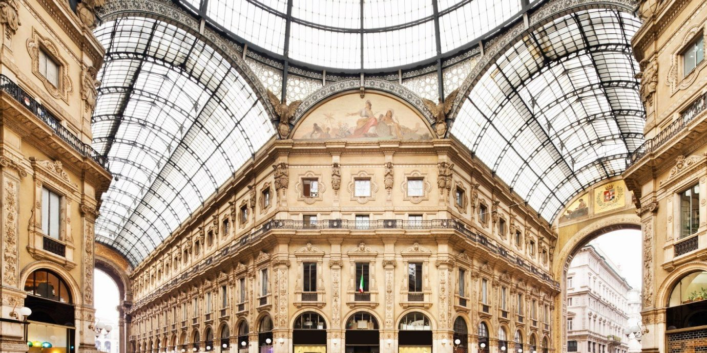 Travel Tips building plaza landmark classical architecture arcade Architecture facade palace basilica stone