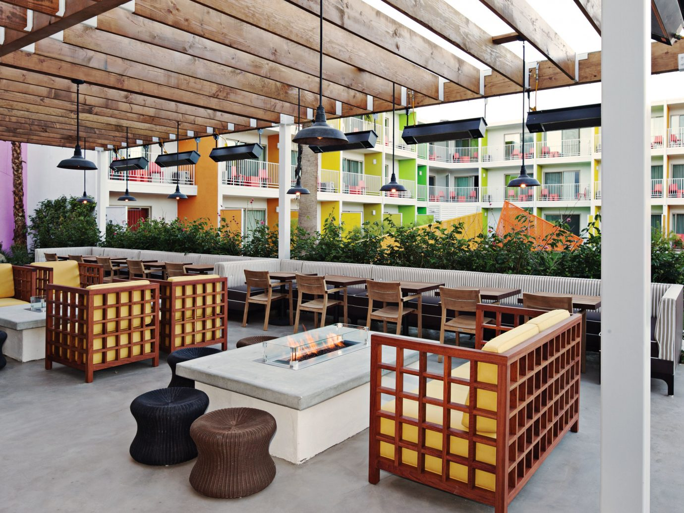 Bath Deck Dining Drink Eat Exterior Grounds Hip Hotels Lounge Modern Nightlife Patio Play Pool Romance indoor floor outdoor structure stall retail grocery store furniture