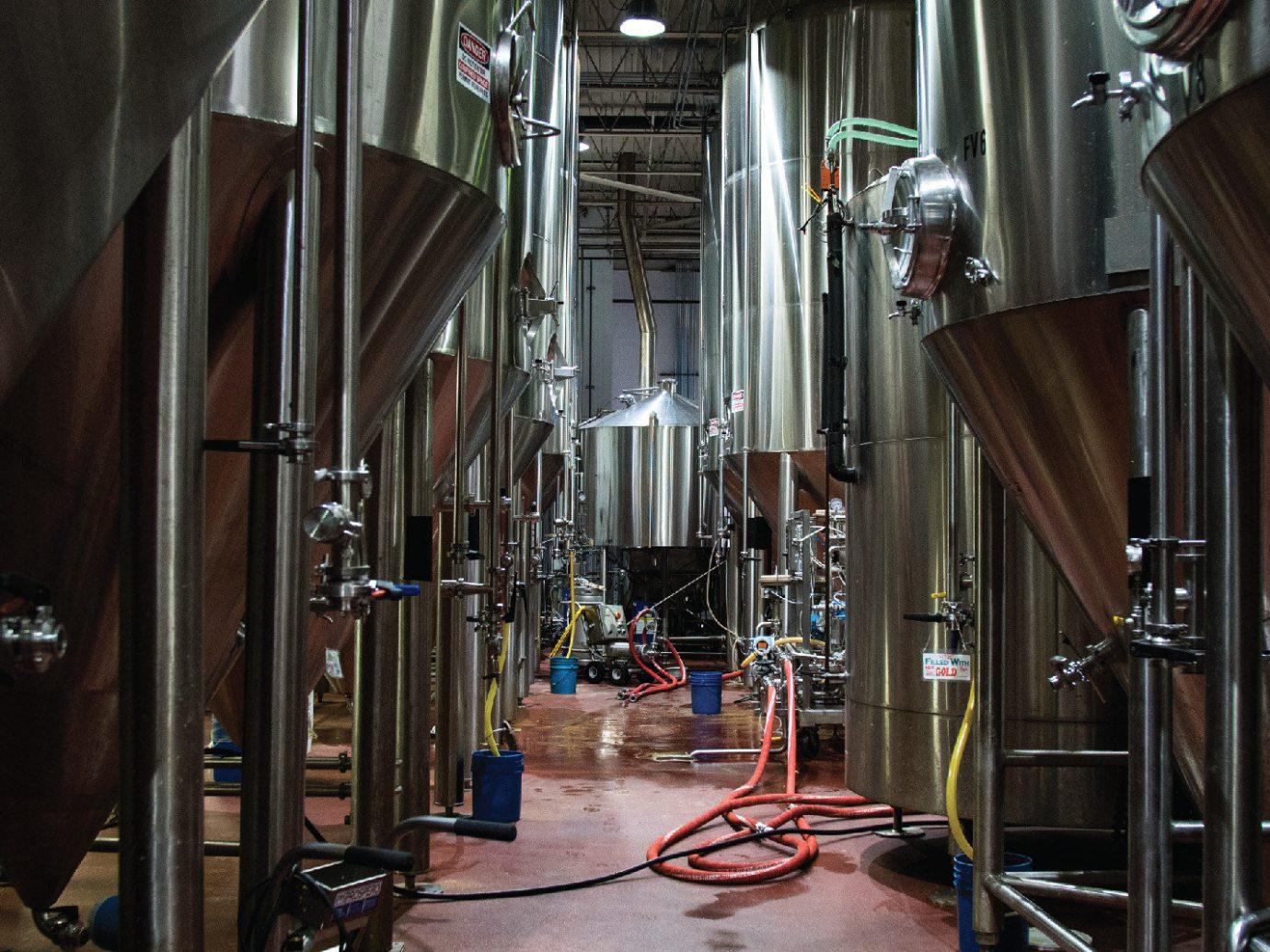 beer Drink Food + Drink industrial interior Rustic indoor brewery tourist attraction