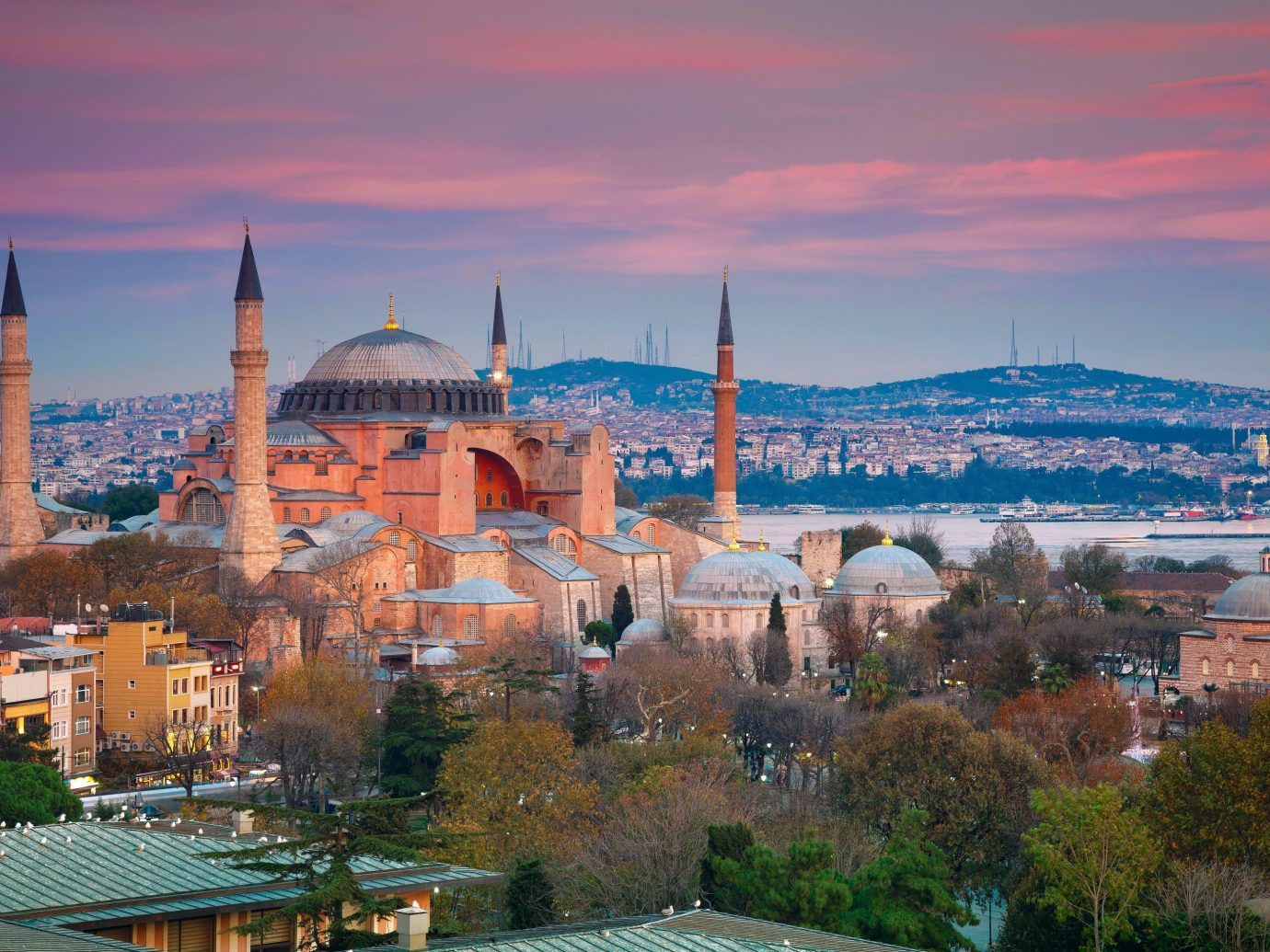 Trip Ideas sky outdoor building landmark Town cityscape City vacation skyline tourism place of worship evening mosque panorama