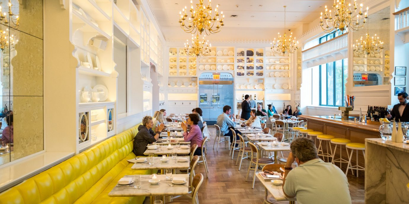 Food + Drink indoor table person ceiling meal function hall Lobby restaurant interior design ballroom long several