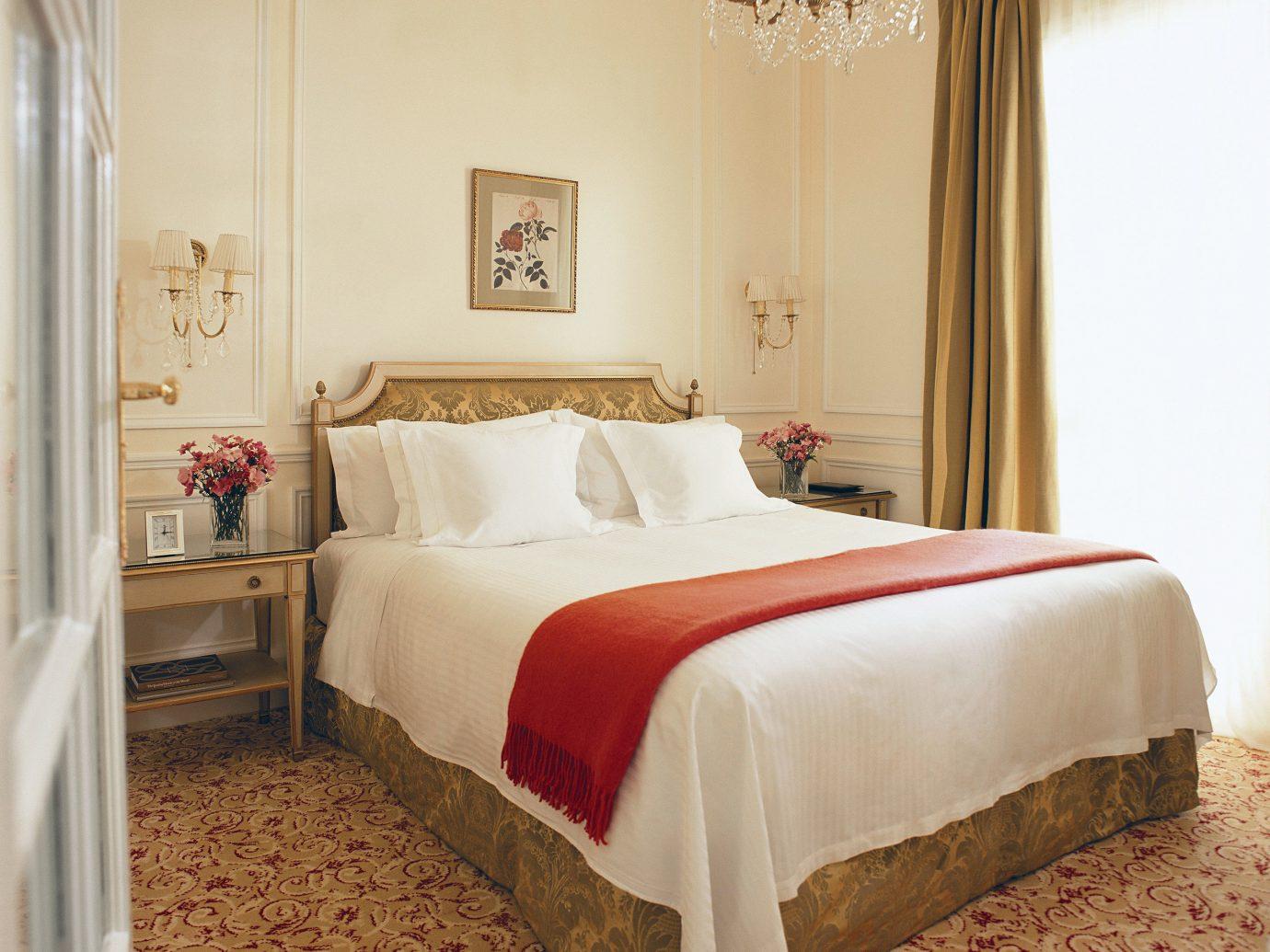 Bedroom Elegant Hotels Living Luxury wall indoor bed sofa room floor property furniture hotel Suite interior design bed sheet bed frame cottage estate