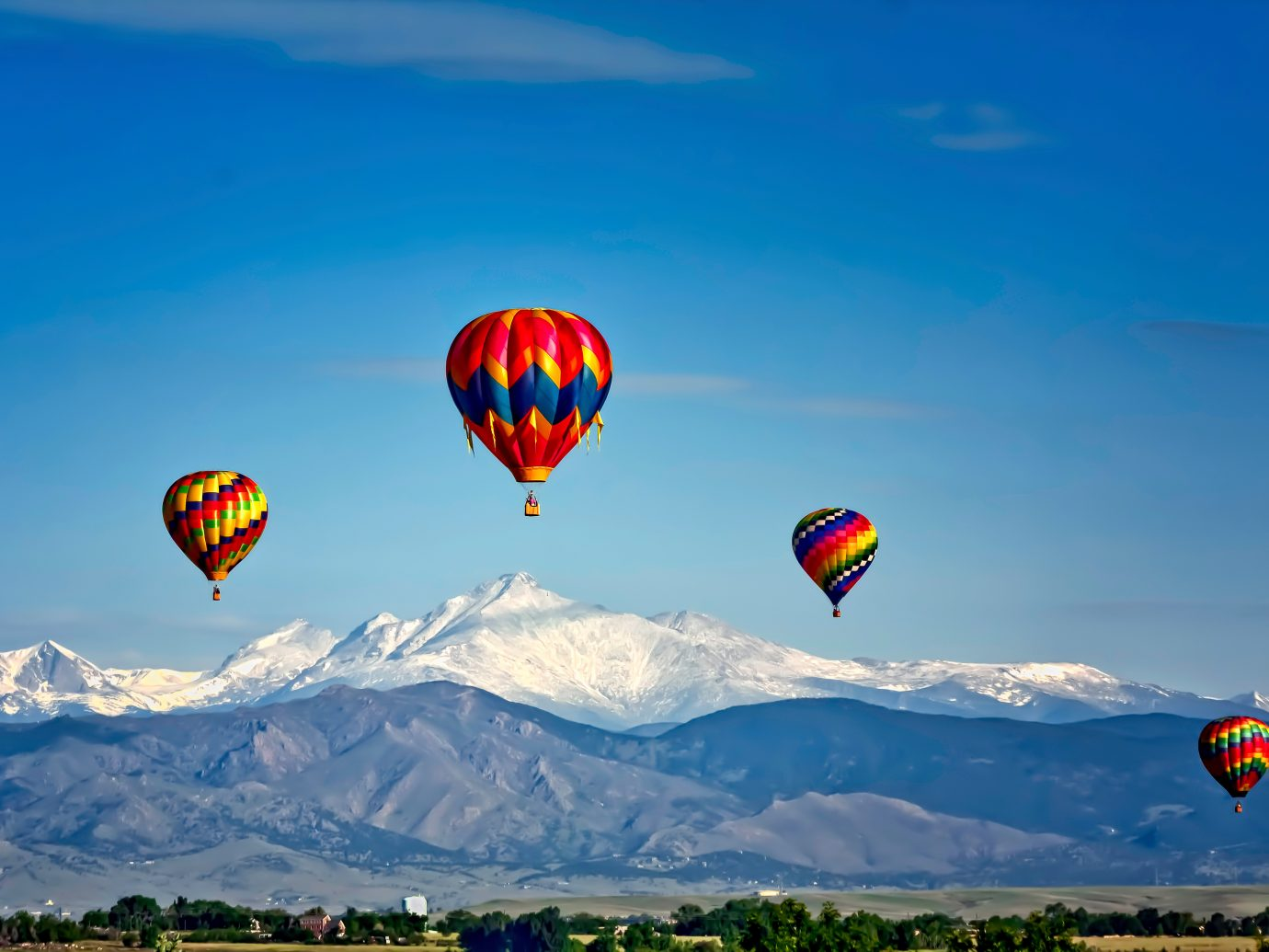 Adventure Mountains Outdoors Scenic views Trip Ideas balloon aircraft sky transport kite mountain hot air ballooning flying Hot Air Balloon outdoor field vehicle atmosphere of earth toy air sports open extreme sport hill flight colorful day hillside