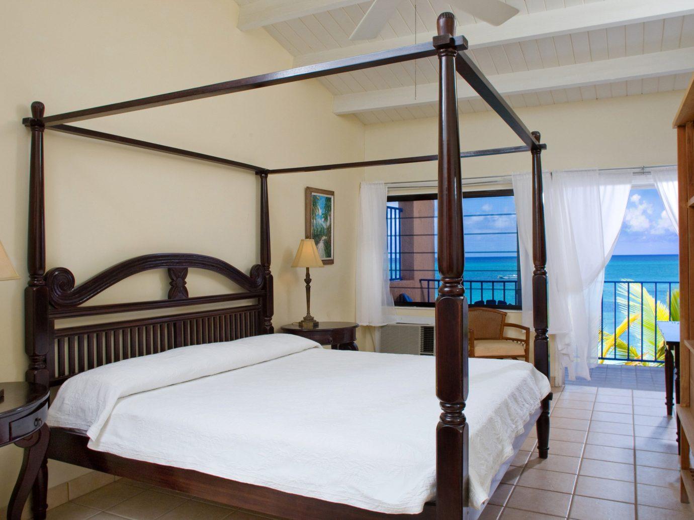 Hotels indoor wall bed floor room property Bedroom cottage Villa estate real estate Suite furniture Resort apartment