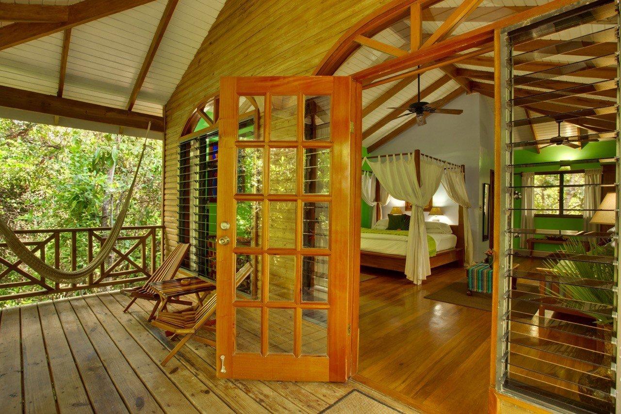 Hamansi Adventure And Dive Resort Bedroom In Belize/Hopkins