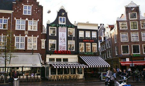Jetsetter Guides outdoor Town property plaza waterway Downtown facade tours Canal town square