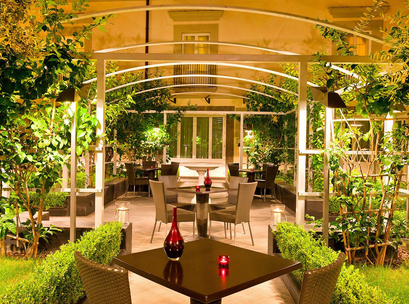 Design Hotels Lounge Modern Resort tree building Courtyard estate floristry Garden backyard plant outdoor structure home flower orangery plaza porch area furniture