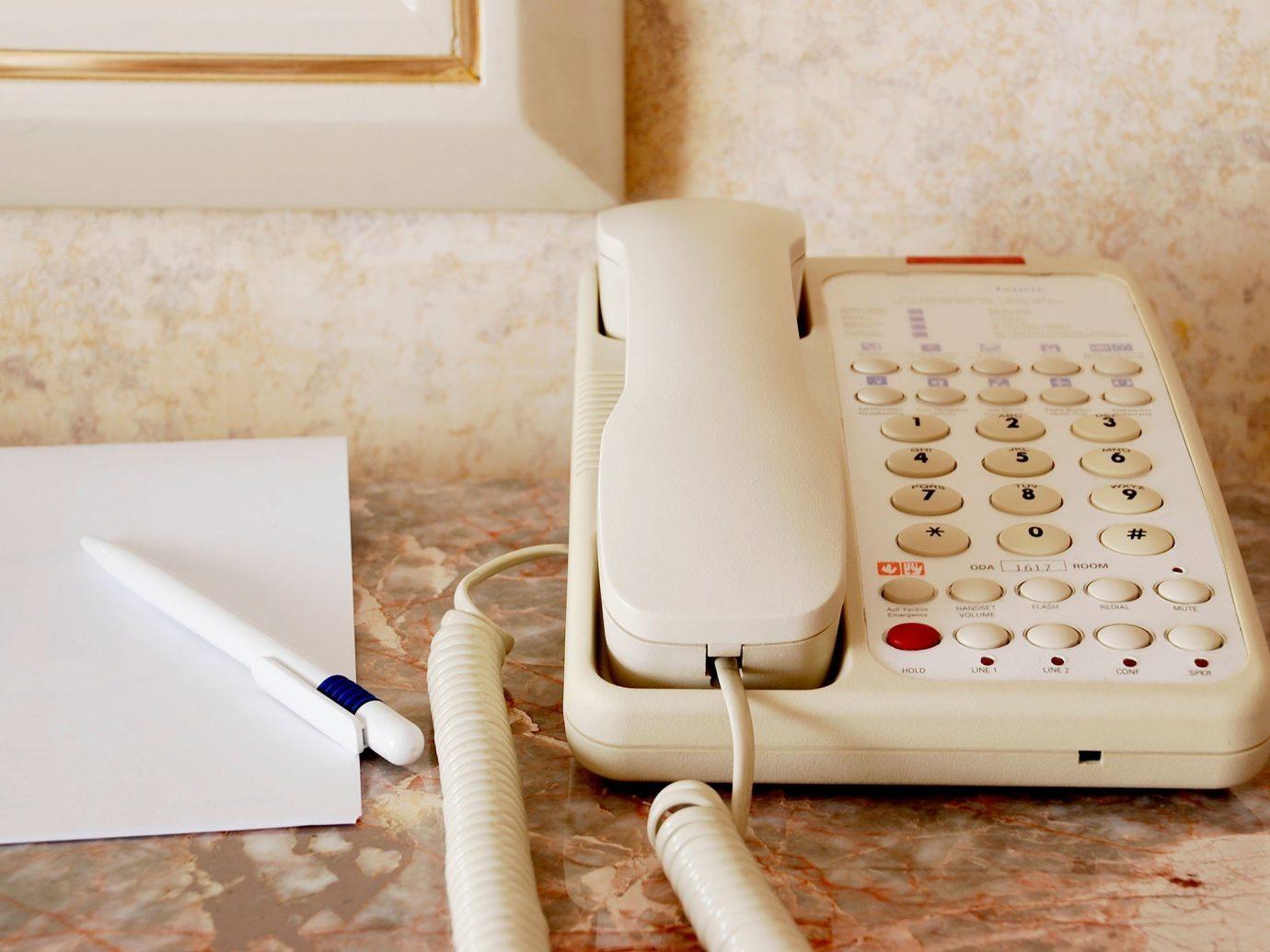 Offbeat white indoor room floor lighting gadget Design flooring mobile phone
