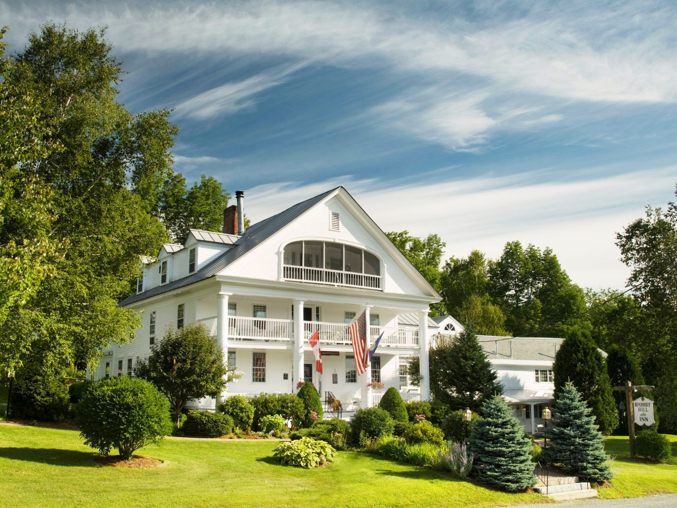 Boutique Hotels Classic Country Exterior Grounds Hotels Inn Romantic Getaways Romantic Hotels Trip Ideas tree outdoor grass house home property estate residential area building lawn suburb real estate cottage mansion Garden farmhouse manor house plant residential lush