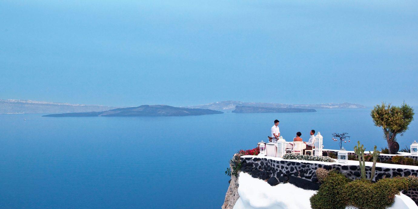 Restaurant overlooking the ocean