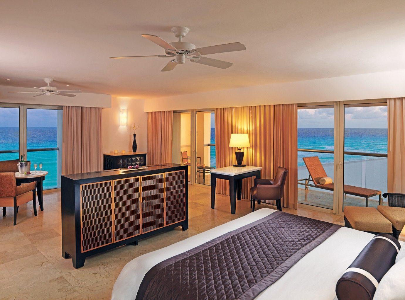 Bedroom at Le Blanc Spa Resort