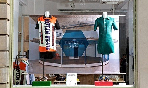 Jetsetter Guides indoor room display window retail machine