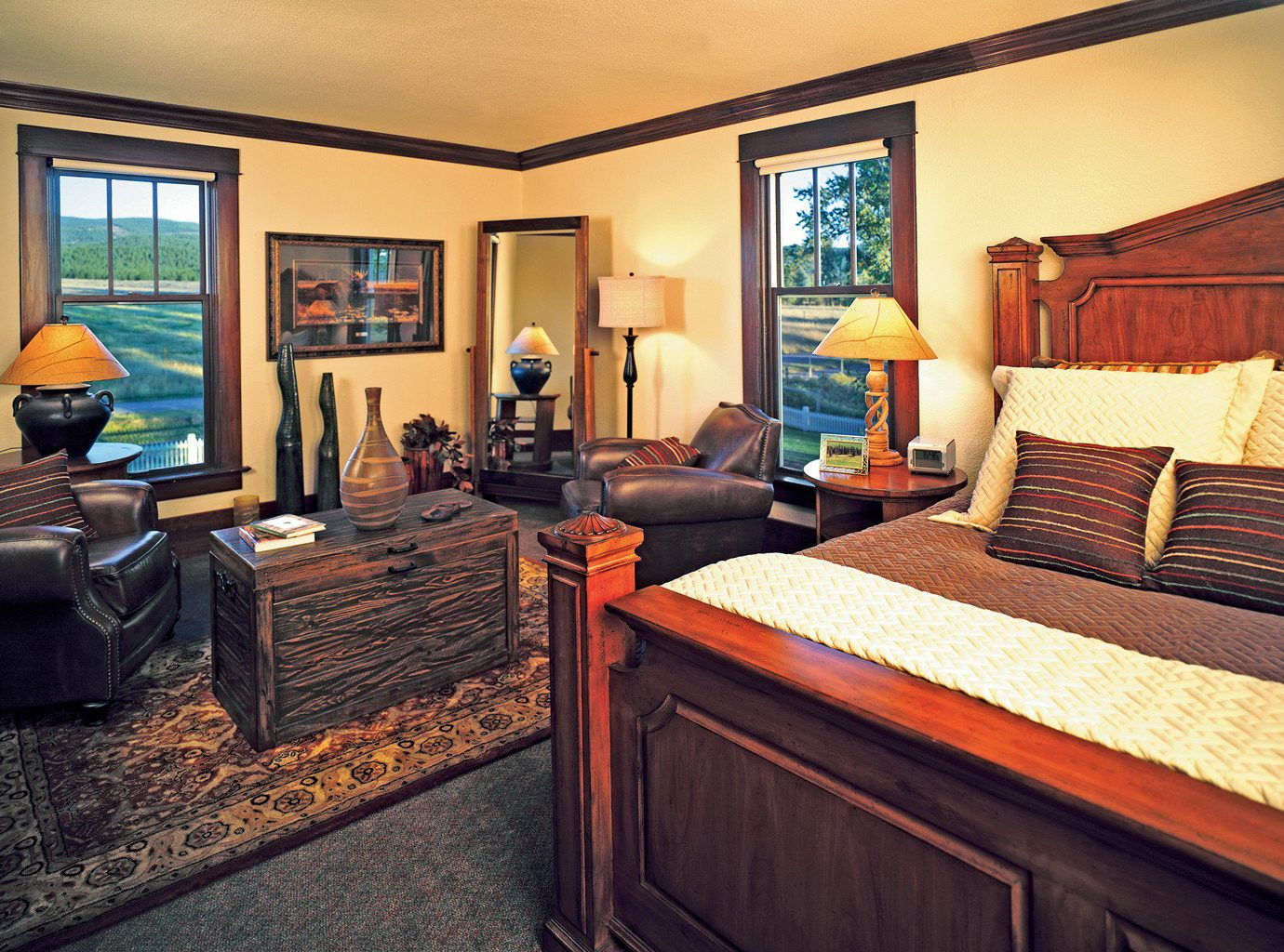 Bedroom Country Glamping Living Lodge Ranch Rustic Secret Getaways Trip Ideas Winter indoor wall floor room bed property ceiling Suite estate cottage home real estate interior design living room recreation room furniture decorated