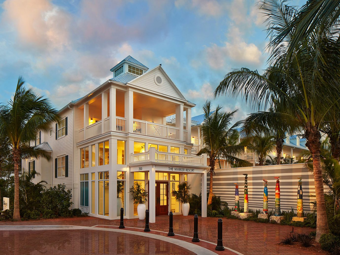 Florida Hotels property home palm tree arecales real estate house sky Resort building estate residential area hotel mansion condominium Villa mixed use tree facade apartment elevation cottage plant