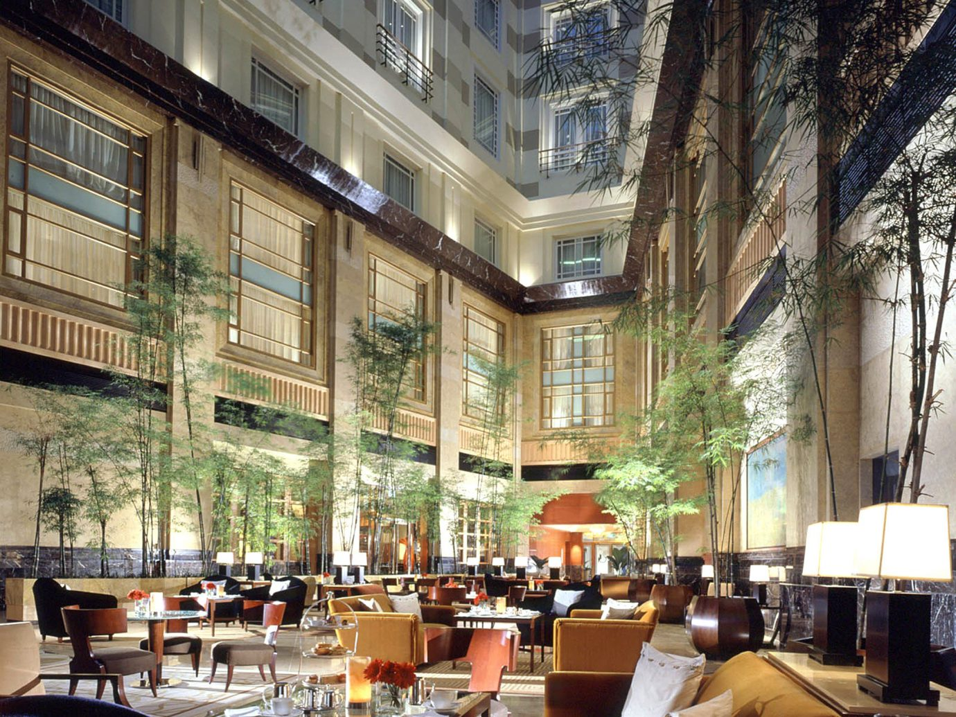 Bar Dining Drink Eat Hip Hotels Modern Romantic plaza restaurant scene condominium interior design dining room