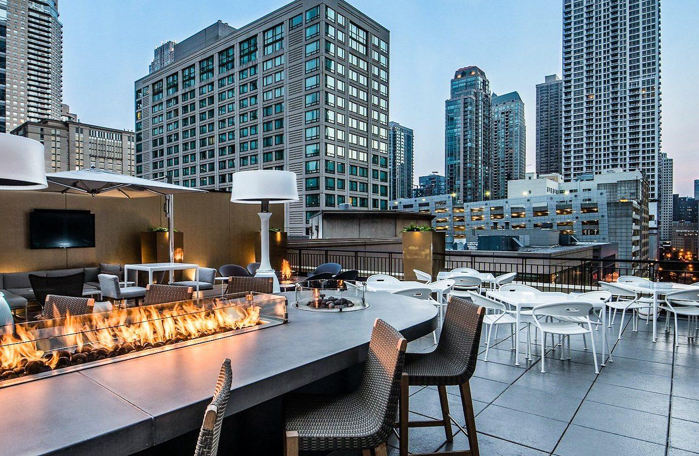 Food + Drink outdoor mixed use City Downtown condominium real estate metropolitan area apartment building metropolis roof hotel outdoor structure water skyscraper