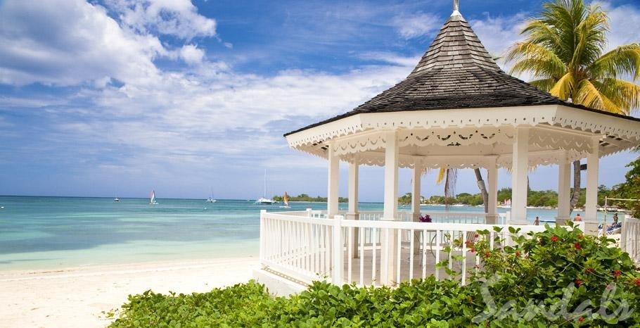 Hotels outdoor sky tree building vacation caribbean Resort Beach tower estate