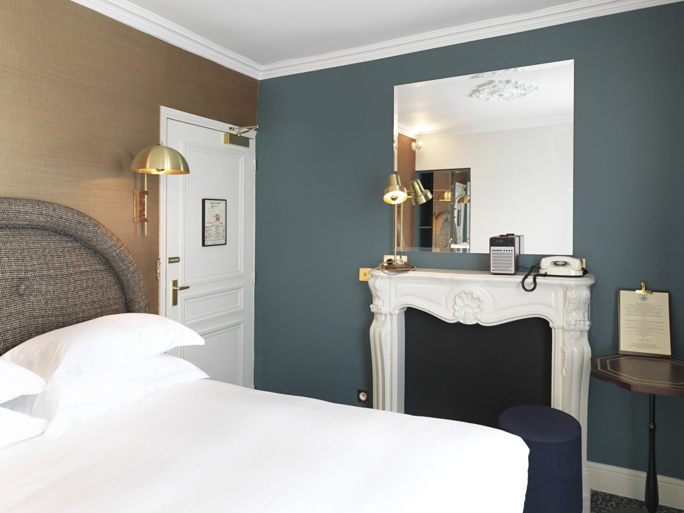 bed Bedroom Hotels interior indoor wall room property ceiling scene Suite interior design floor hotel furniture apartment