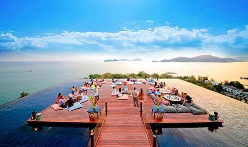 Hotels sky water leisure outdoor people Beach Nature vacation Sea tourism Resort bay overlooking shore