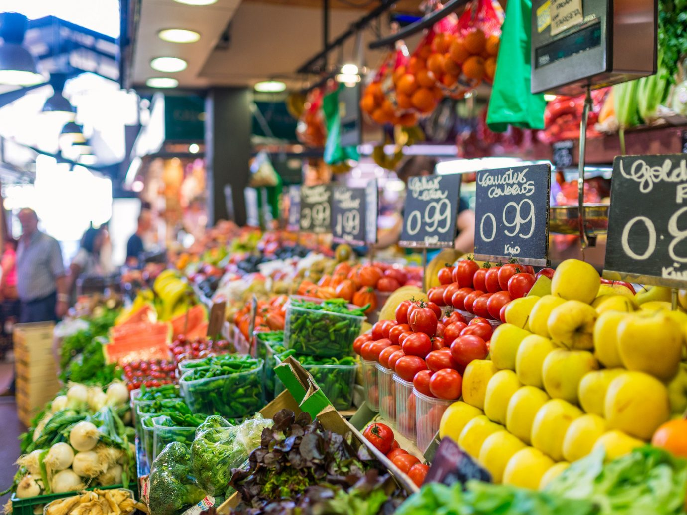 Food + Drink food marketplace fruit local food market supermarket City public space grocery store geographical feature greengrocer human settlement vendor vegetable scene produce whole food dish sense retail store fresh sale variety