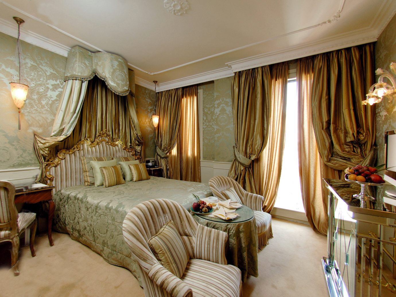 Bedroom City Classic Elegant Historic Hotels Italy Luxury Travel Romance Romantic Venice indoor wall room floor property bed Living estate decorated ceiling Suite interior design home living room curtain hotel real estate cottage furniture mansion area several