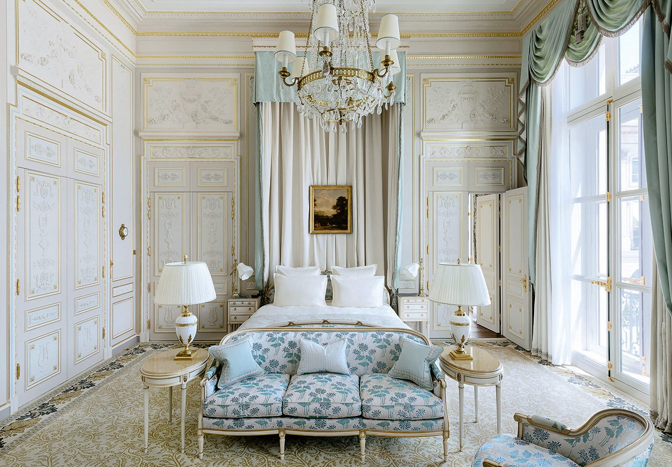 Hotels Romance Travel Tips indoor home room interior design wall window ceiling estate Architecture living room furniture window treatment Bedroom bed frame curtain molding column real estate window covering Suite house bed decor interior designer decorated