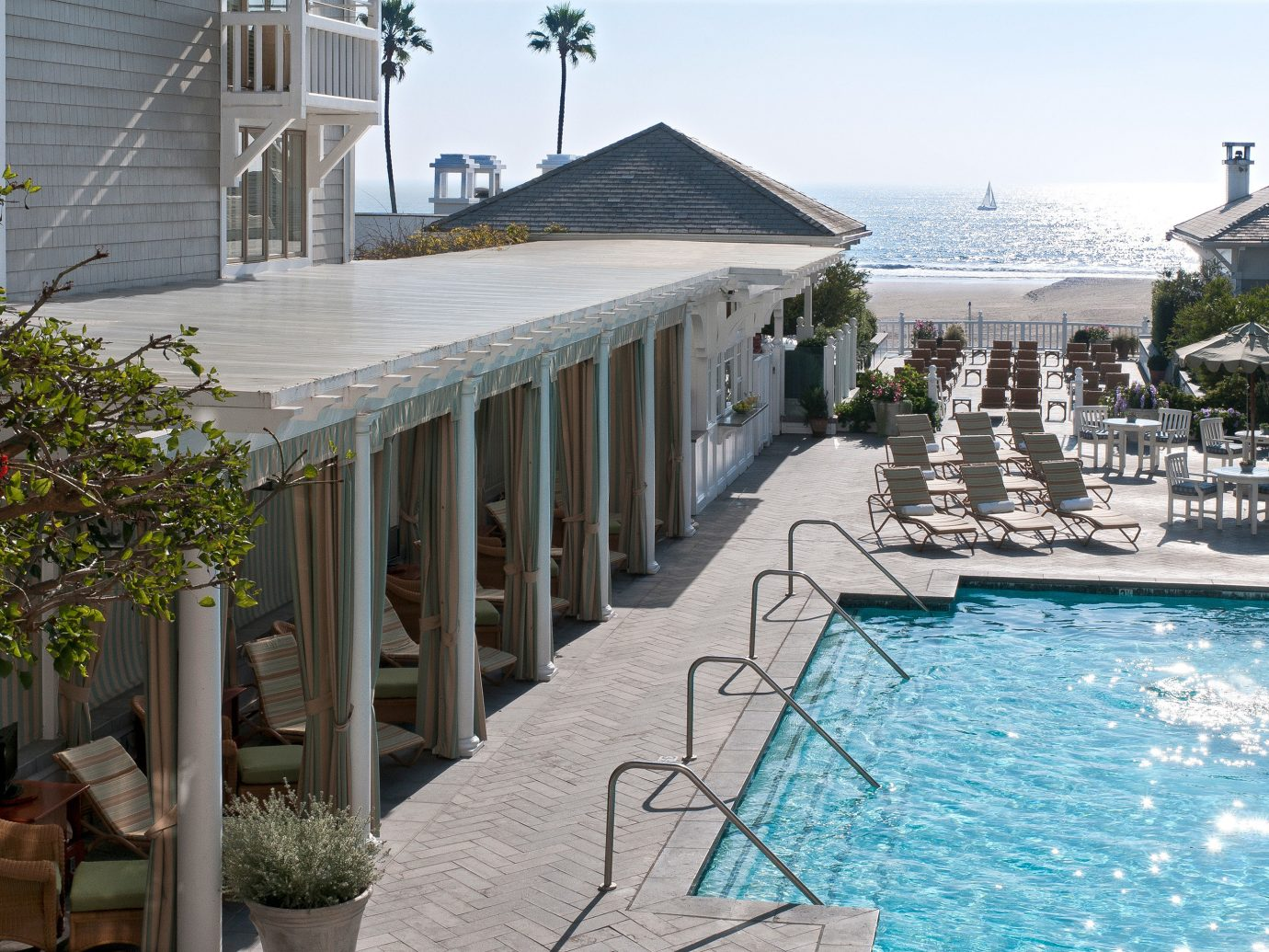 Pool at Shutters on the Beach, CA