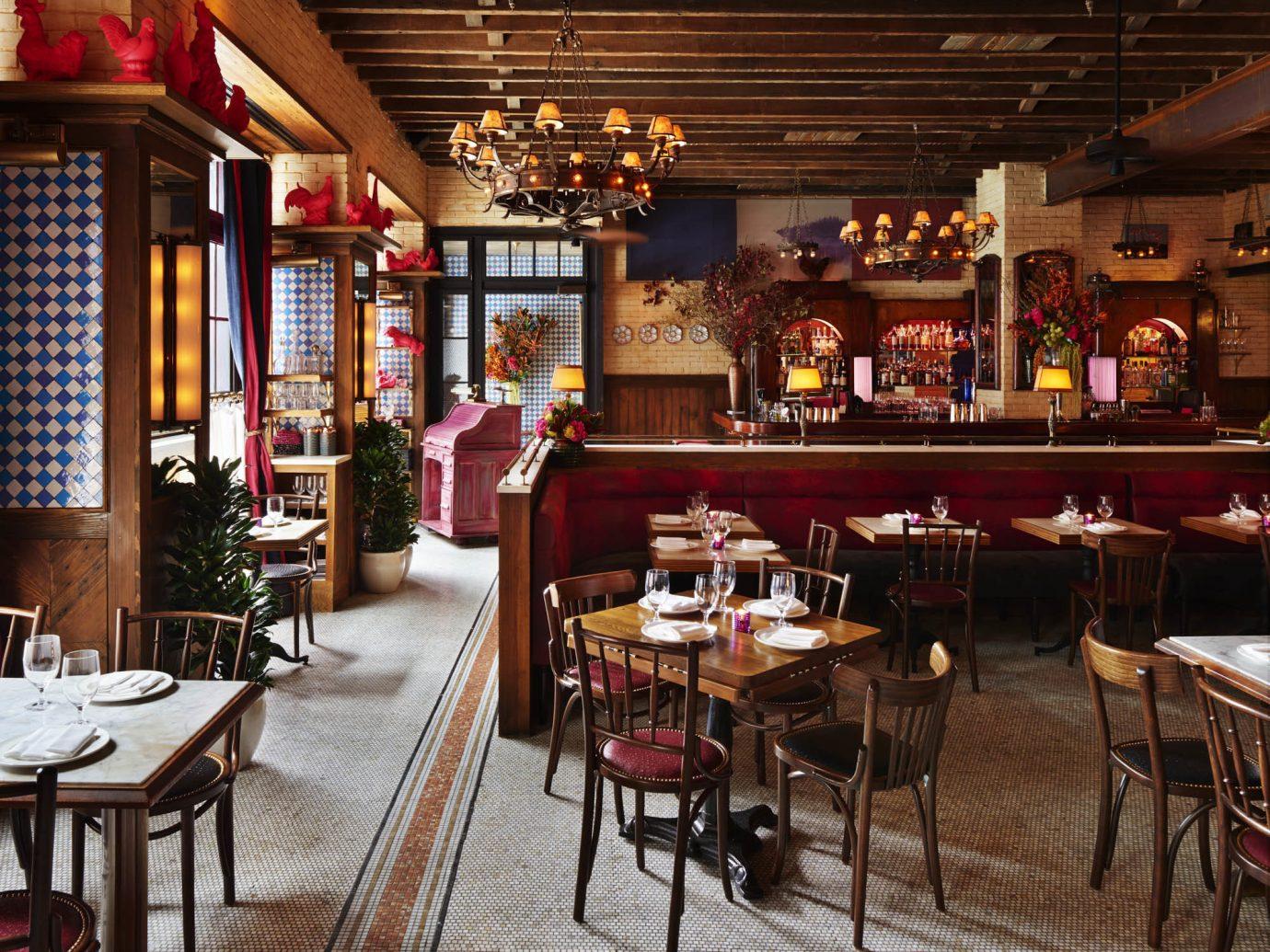Food + Drink Romance indoor restaurant Bar tavern café meal