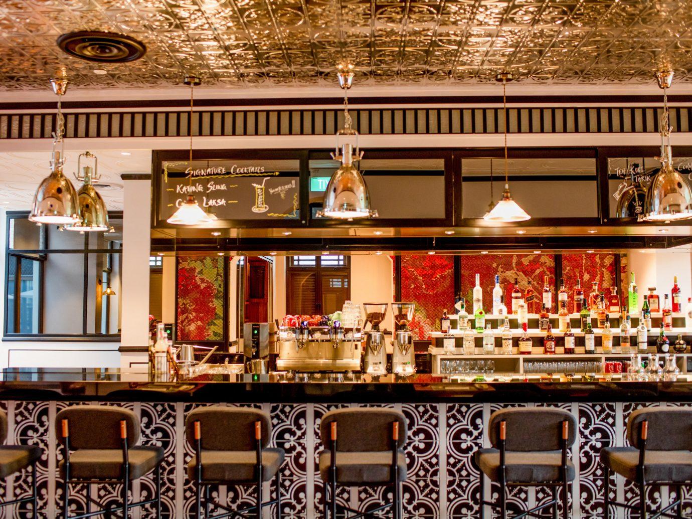 Hotels Romance meal restaurant Bar several